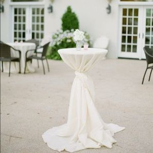 "White cocktail table cloth w/sash wedding reception bridal showers 132"" round"